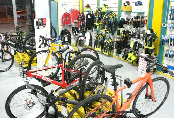 tienda-bicis-lual-bike-boutique-ropa-2