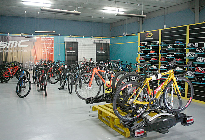 tienda-bicis-lual-bike-exposicion-bicis-2