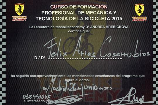 tienda-bicis-lual-bike-taller-certificado-tech-bike